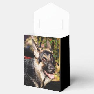 Pastor alemán cajas para detalles de boda