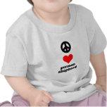 Pastor alemán del amor de la paz camisetas