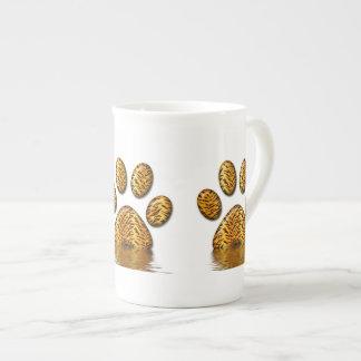 Pata #2 del tigre taza de porcelana