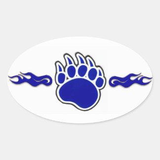 Pata de oso azul con las llamas pegatina ovalada