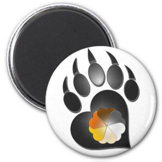 Pata del corazón del orgullo del oso imán redondo 5 cm
