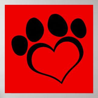 Pata roja y negra del corazón póster