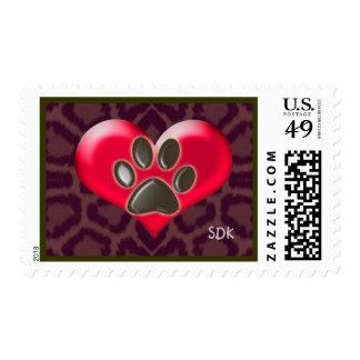 Patas del corazón y de la salud que curan de sello postal
