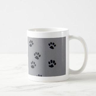 Patas del perrito taza