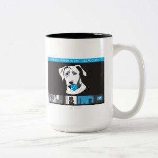 Patas para el rescate del perro de los hogares - taza de dos tonos