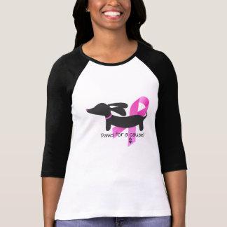 Patas para un Dachshund del cáncer de pecho de la T Shirt