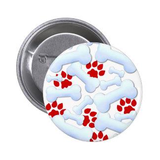Patas y huesos de perro rojos pin redondo 5 cm