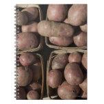 Patatas en el mercado de un granjero de New Jersey Libretas