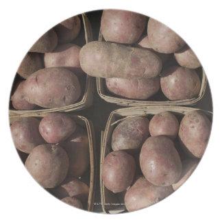 Patatas en el mercado de un granjero de New Jersey Platos De Comidas