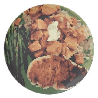 Patatas hechas en casa calientes y habas verdes plato de cena
