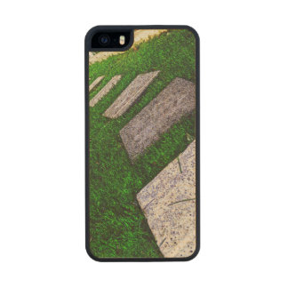 Path Of Life Carved® Maple iPhone 5 Case