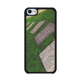Path Of Life Carved® Maple iPhone 5C Case