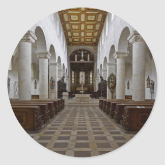Path to peace Juses Schottenkirche St_Jakob Innenr Classic Round Sticker
