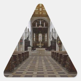 Path to peace Juses Schottenkirche St_Jakob Innenr Triangle Sticker