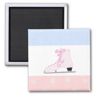 Patín de hielo rosado lindo imanes para frigoríficos