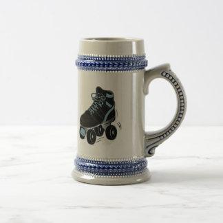Patín de ruedas en negro jarra de cerveza