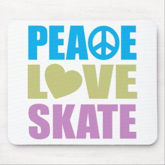 Patín del amor de la paz alfombrilla de ratón