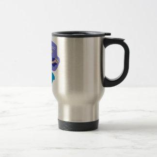 Patinador en el movimiento taza de café