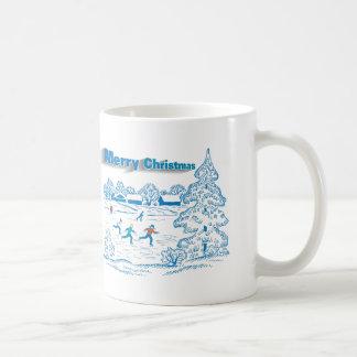 Patinaje de hielo del invierno taza básica blanca