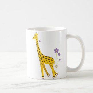 Patinaje sobre ruedas divertido de la jirafa taza de café