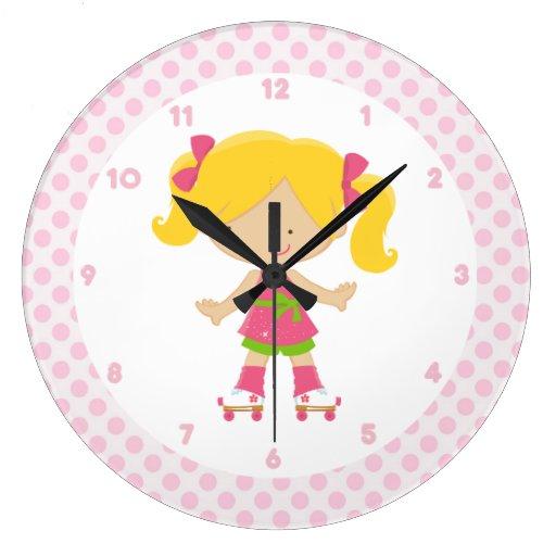 Patinaje sobre ruedas rosado del Blonde de los lun Relojes De Pared