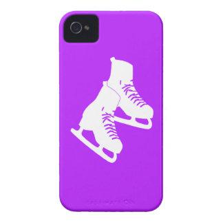 Patines de hielo intrépidos de Blackberry púrpuras iPhone 4 Case-Mate Carcasas