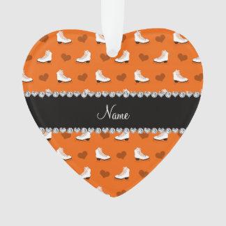 Patines y corazones anaranjados conocidos de