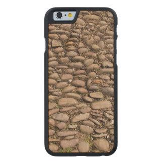 Patio estable Cotehele Cornualles Reino Unido de Funda De iPhone 6 Carved® Slim De Arce