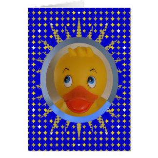 Pato de goma soleado en el marco tarjeta de nota