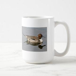 Pato del pato rojizo de la natación taza clásica