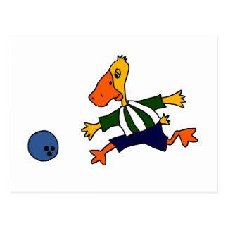 Pato divertido Cardtoon que rueda Postal