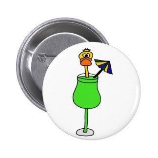 Pato divertido en bebida tropical pin
