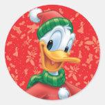 Pato Donald en ropa del invierno Pegatina Redonda