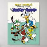 Pato Donald y sobrinos que juegan a hockey Póster