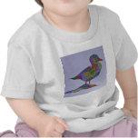 Pato en una roca camisetas