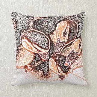 pato lindo del bebé del bosquejo de los anadones cojín decorativo