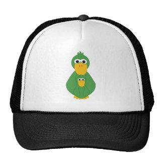 Pato verde torpe y gorros