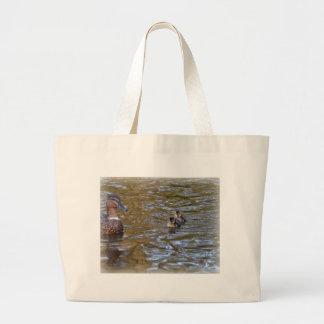 Pato y anadones femeninos del pato silvestre bolsa lienzo