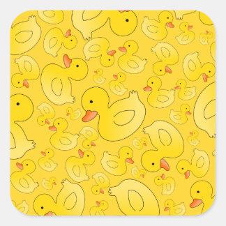 Patos de goma amarillos lindos colcomanias cuadradases