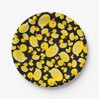 Patos de goma negros lindos platos de papel