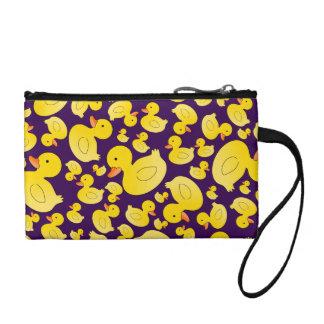 Patos de goma púrpuras lindos