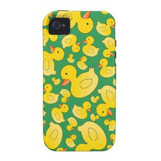 Patos de goma verdes lindos iPhone 4 funda