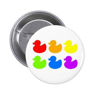 Patos del caucho del arco iris pin redondo 5 cm