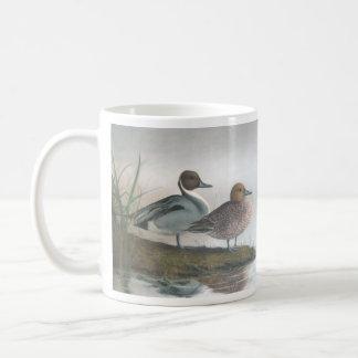 Patos del pato rojizo taza