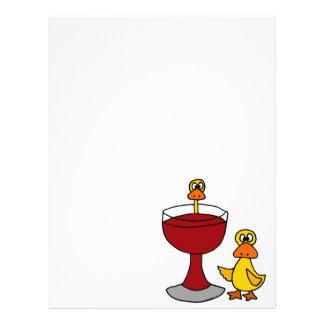 Patos divertidos con la copa de vino roja membrete personalizado