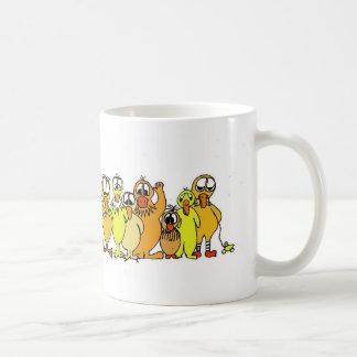 patos en una fila tazas de café