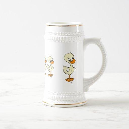 Patos en una fila taza de café
