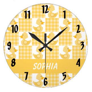 Patos lindos (amarillo) reloj redondo grande
