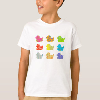 Patos modelados playera
