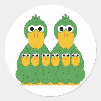 Patos verdes torpes y 6 bebés pegatinas redondas